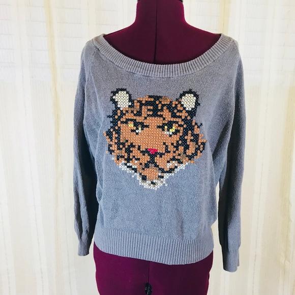 49dfea058fbd99 Freeway Sweaters - Freeway Tiger Cross Stitch Sweater
